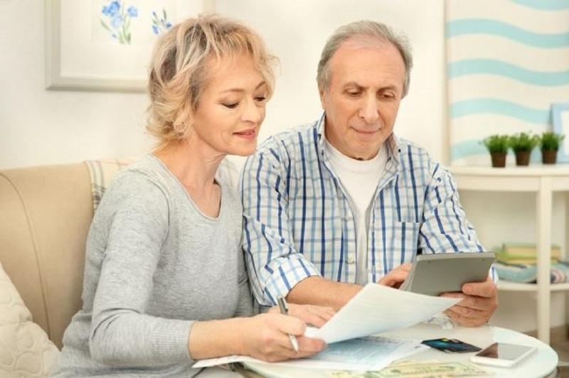 Используя свой статус, граждане предпенсионного возраста смогут получать налоговые льготы