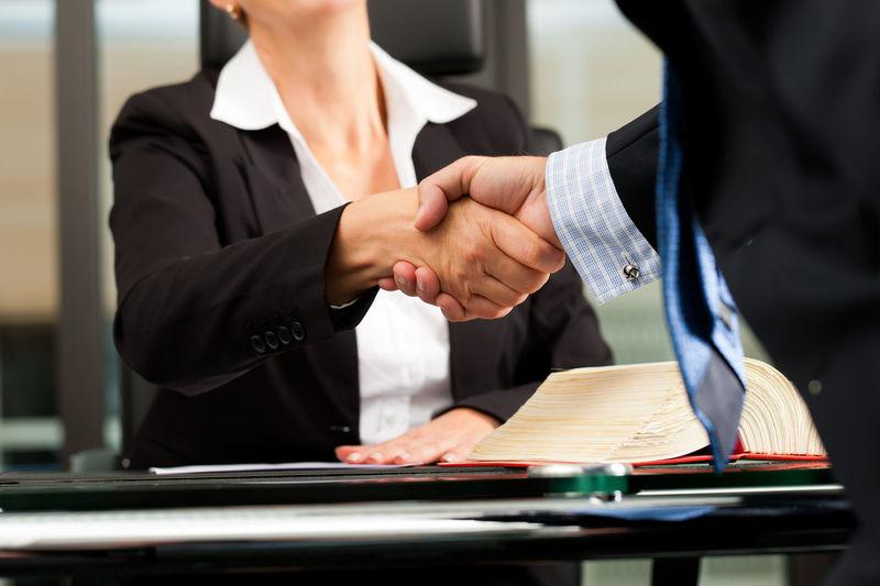Квалифицированный защитник правильно оформит документы виновного