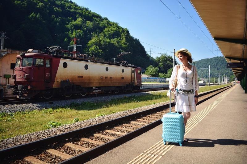 Путешествие поездом отдых