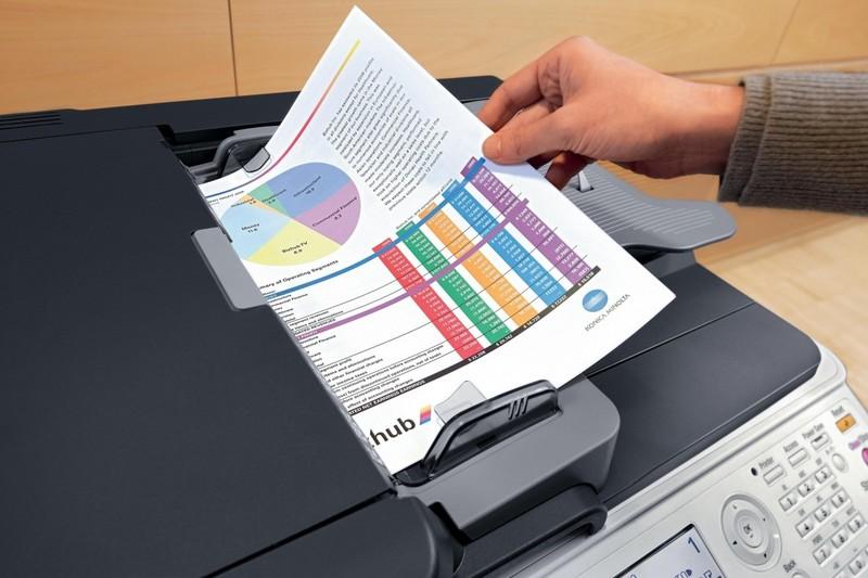 Флешка и печатные документы