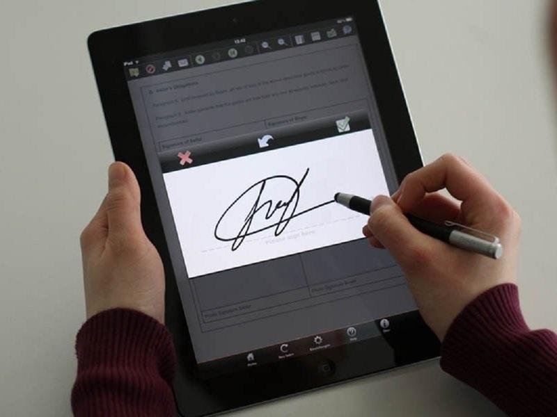 Цифровая подпись оставила москвича без квартиры