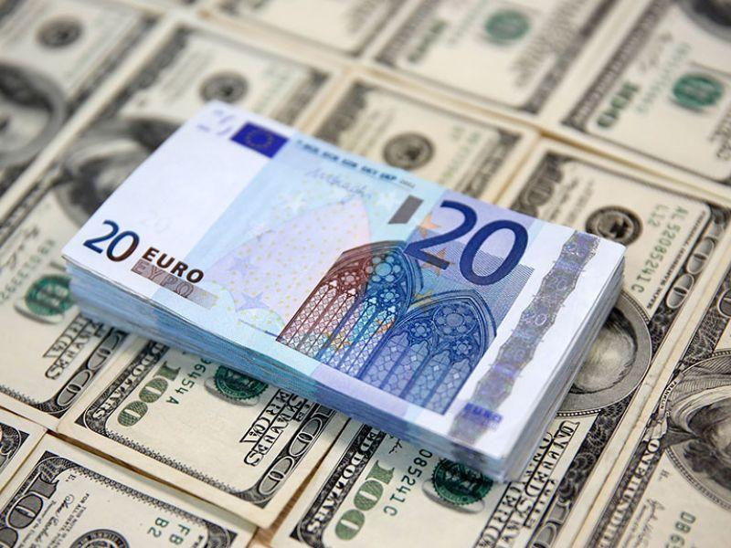 Будет ли снова падать рубль: прогноз валютных курсов на сентябрь 2019 года