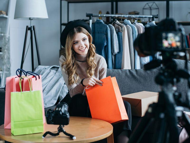 Как стать блогером и начать зарабатывать: пошаговая инструкция