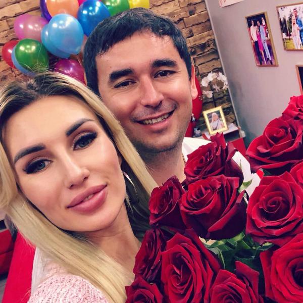 Андрей Шабарин с возлюбленной