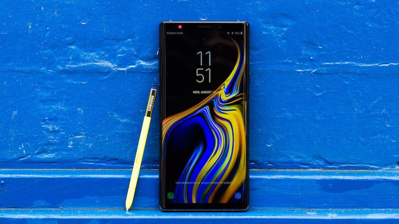 10 лучших смартфонов 2019 года для настоящих бизнесменов